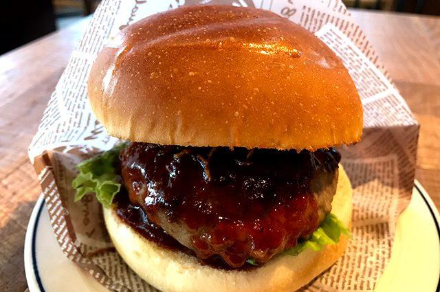 名古屋モーニング ハンバーガー